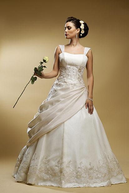 fotografie de produs pentru rochie de mireasa