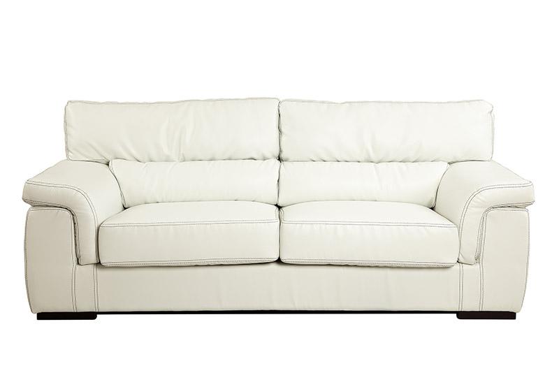 canapea alba pe fond alb