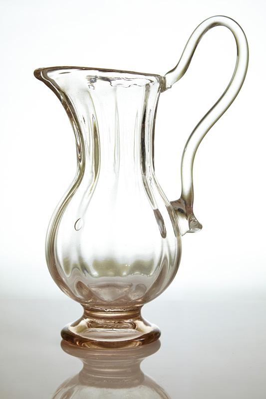 clondirul un obiect de arta din sticla