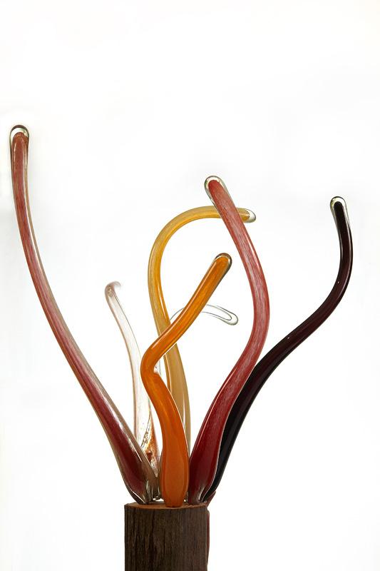 sticla colorata in brate zvelte