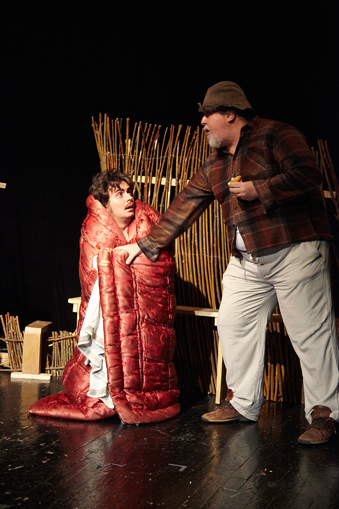 scena din piesa de teatru Niste Olteni
