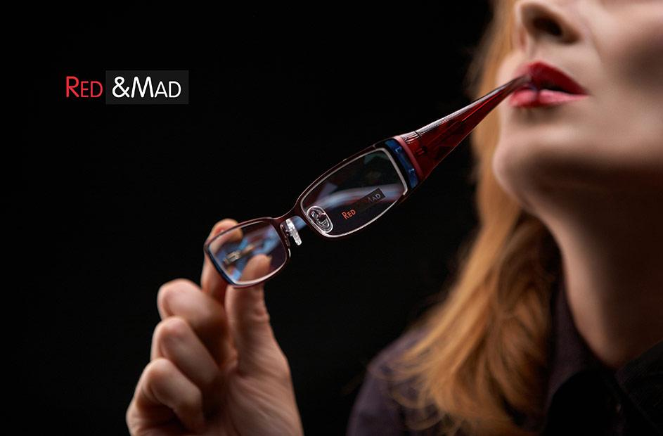 fotografie de reclama cu ochelari