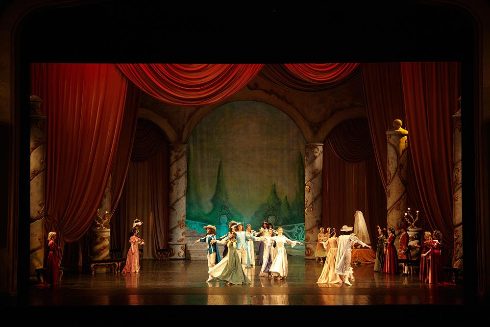 scena de balet la Opera Romana