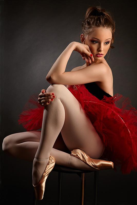 dansatoare pe scaun